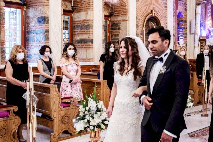 Church weddings make a comeback